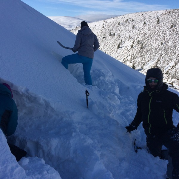 Winter Snowholing